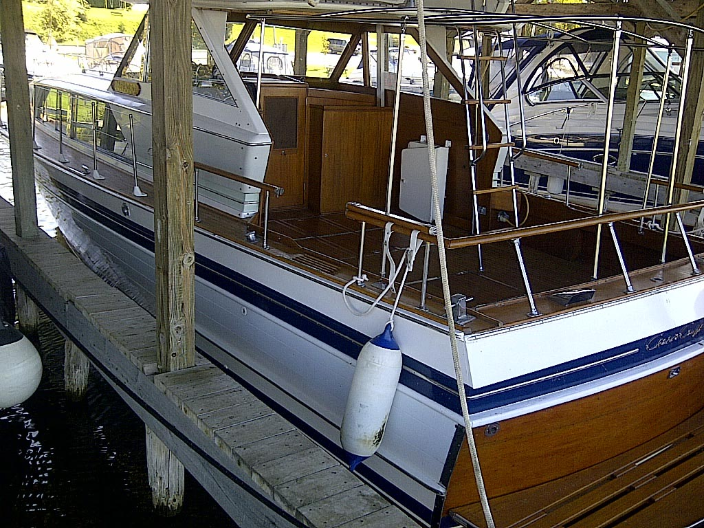 1967 CHRIS CRAFT 38 FOOT CONSTELLATION FOR SALE IN BOBCAGEON AREA