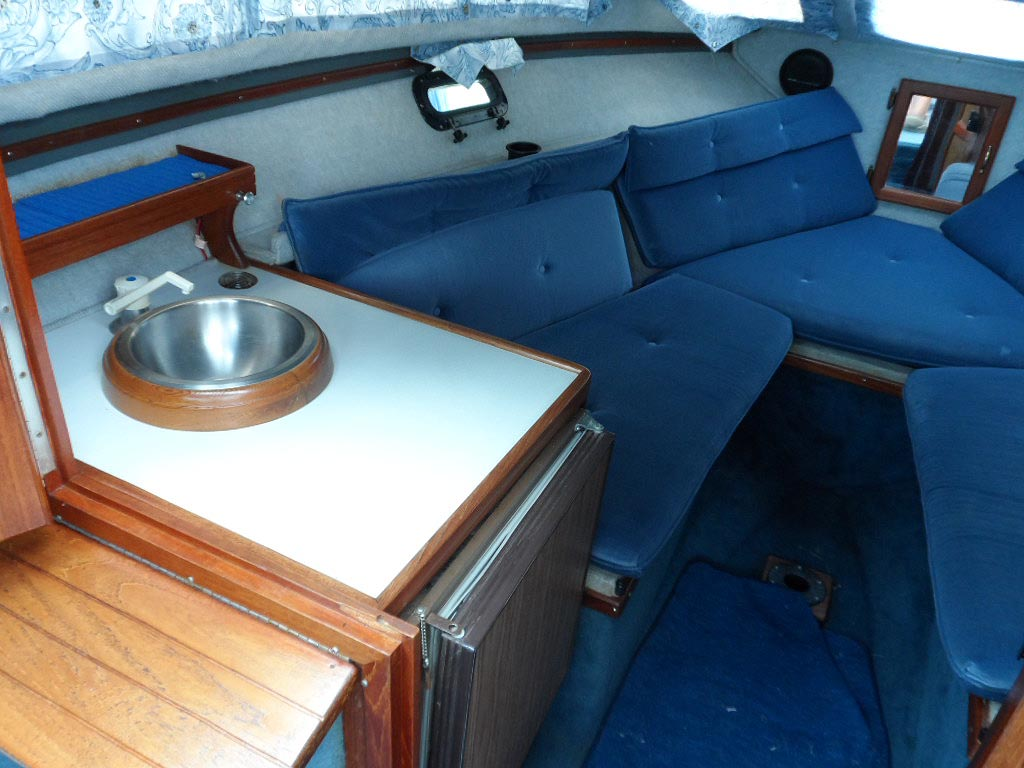 1988 Doral Tara 22 Foot Cruiser For Sale In The Lindsay