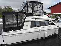 1989 CARVER 28 MARINER for sale in the Lindsay area northeast of Toronto, Ontario, Canada.