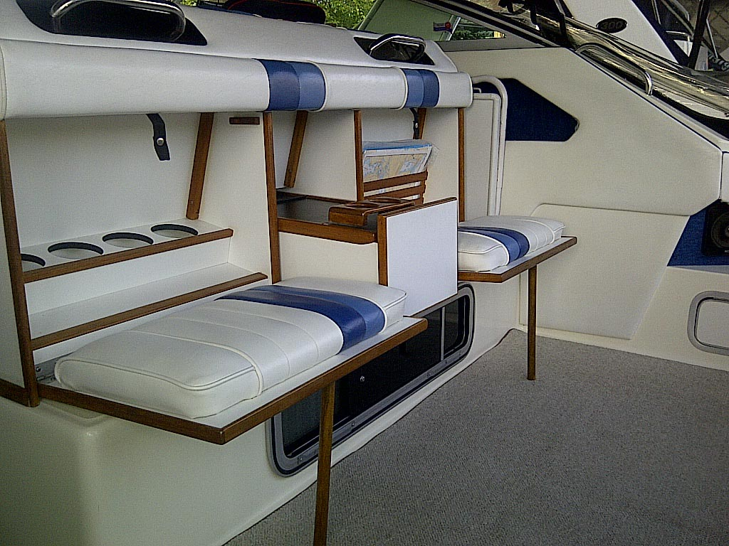 1989 SEARAY SUNDANCER FOR SALE IN THE LINDSAY