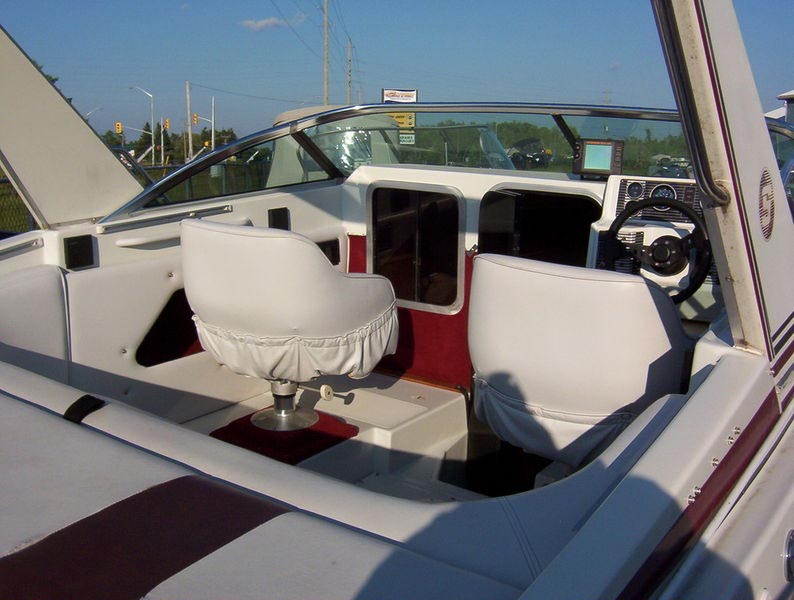 1989 Sunray 21 Foot Scepter Cuddy For Sale In The Lindsay