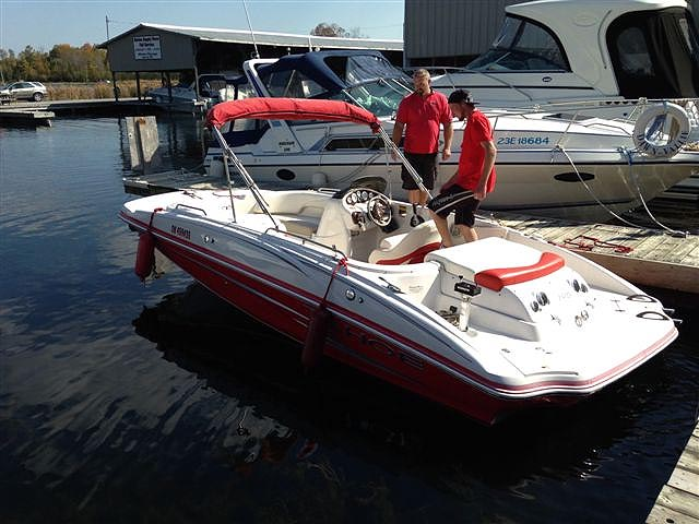 2007 TAHOE 195 DECK BOAT FOR SALE IN THE LINDSAY AREA