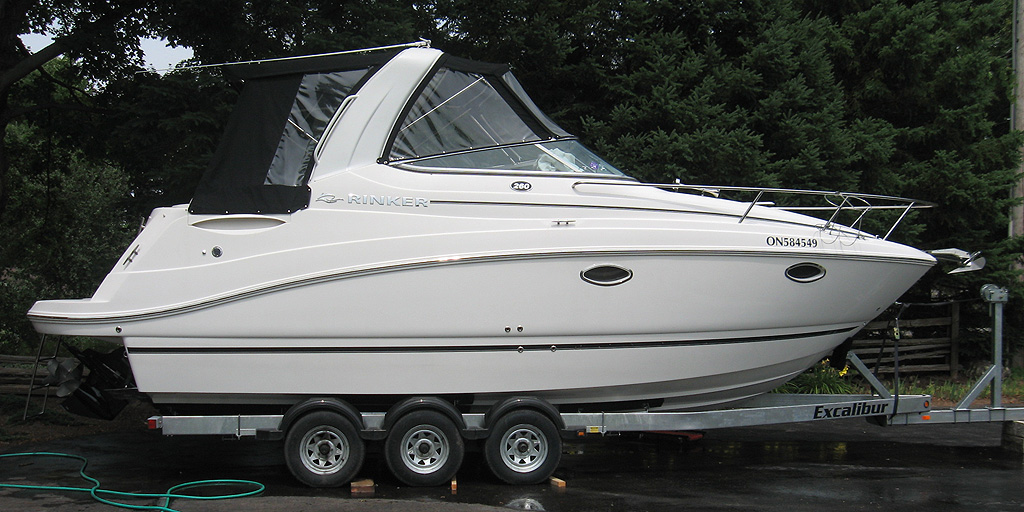 2008 Rinker 260 EC with trailer for sale in the Lindsay area about 90 minutes from Toronto, Ontario.