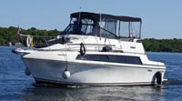 1987 Carver 3297 Mariner for sale in the Trenton area east of Toronto, Ontario, Canada.