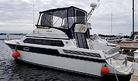 1988 Carver 3867 Santego for sale in the Trenton area east of Toronto, Ontario, Canada by Ontario boat and yacht brokers.