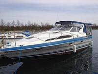 1988 Bayliner 3255 Avanti sold in the Bobcaygeon east of Toronto, Ontario, Canada.