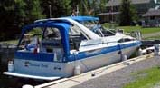 1988 Bayliner 3255 Avanti sold in the Whitby area east of Toronto, Ontario, Canada.