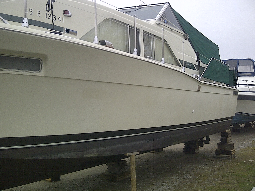 1974 Chris Craft 35 Foot Catalina Motor Yacht Crusier Or Live Aboard Wiring Diagram 6 Volt Generator 350 For Sqale In The Lindsay Area Northeast Of Toronto Ontario